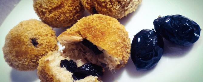 Polpette con tonno e olive nere essiccate